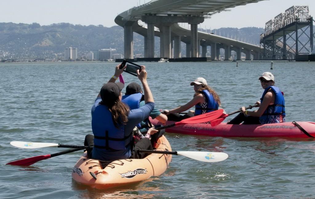 Kayak selfies1